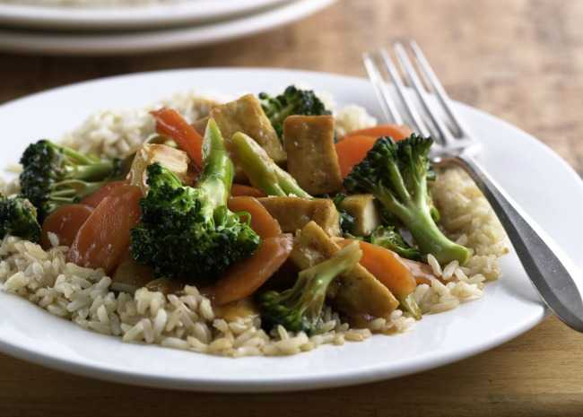 Fried Tofu with Broccoli and Carrots