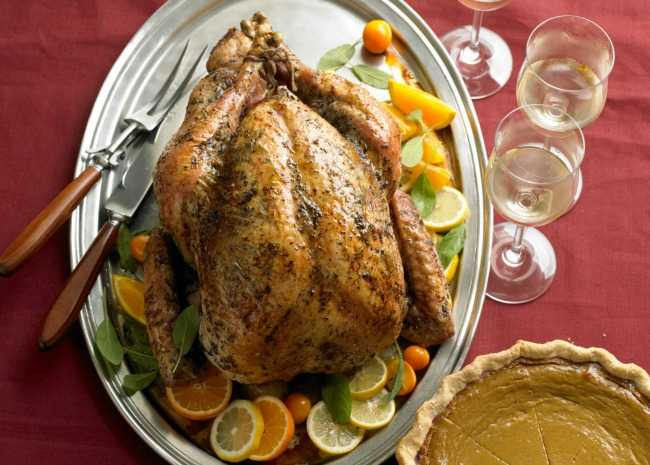 Roast turkey with white wines