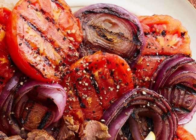 Grilled Tomatoes and Red Onions