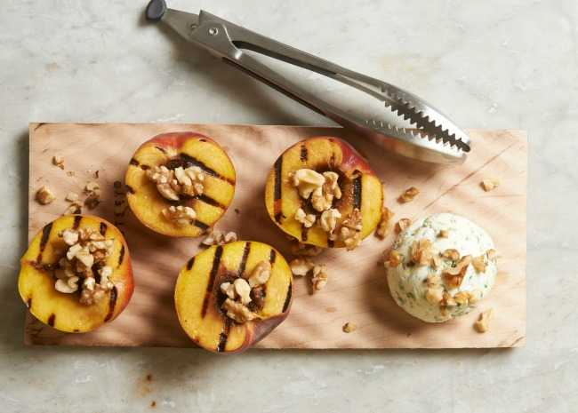 Grilled Peaches and walnuts with Goat Cheese