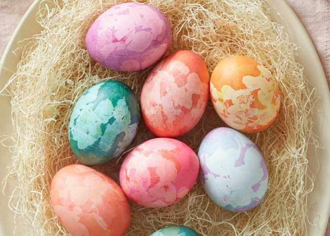 Marble Patterned Easter Eggs