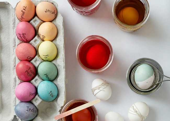 102362612-egg-dyeing-supplies-photo-by-meredith-2-650x465