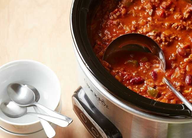 102662934 slow cooker chili photo by Meredith