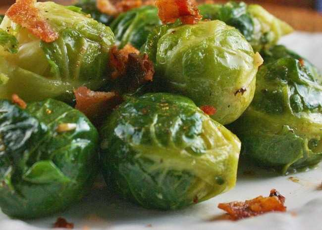 Garlic Brussels Sprouts with Crispy Bacon
