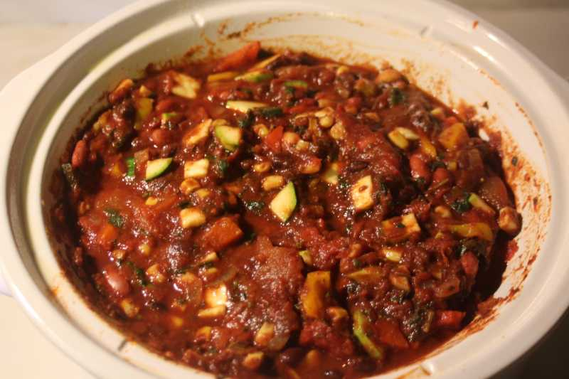 1045637 Hearty Vegan Slow-Cooker Chili 215311 Scott M.