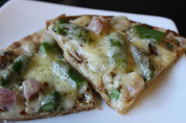 Pizza with Ham, Asparagus, and Ricotta