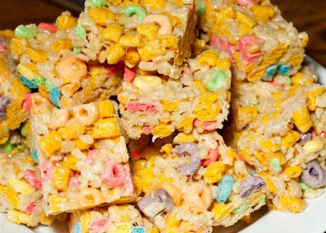 Bake Sale Marshmallow Treats