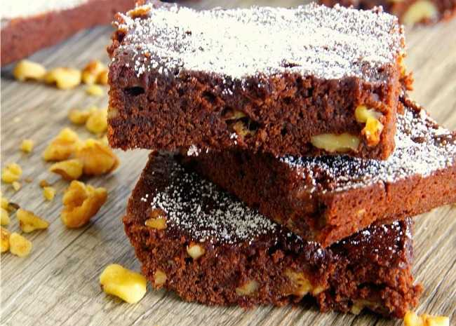 Banana and Walnut Brownies