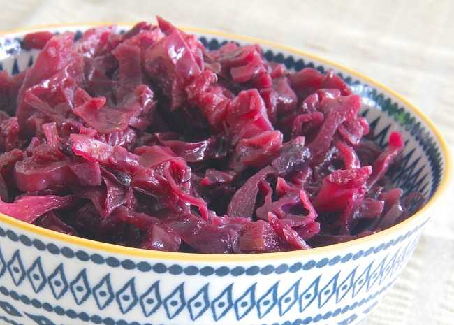 1887072-grandma-jeanettes-amazing-german-red-cabbage-photo-by-lutzflcat-650x465