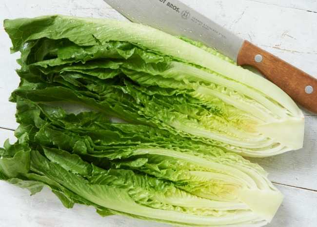 Cutting Lettuce for Grilled Salads
