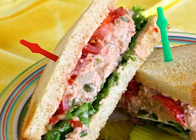 Spicy Salmon Salad Sandwiches