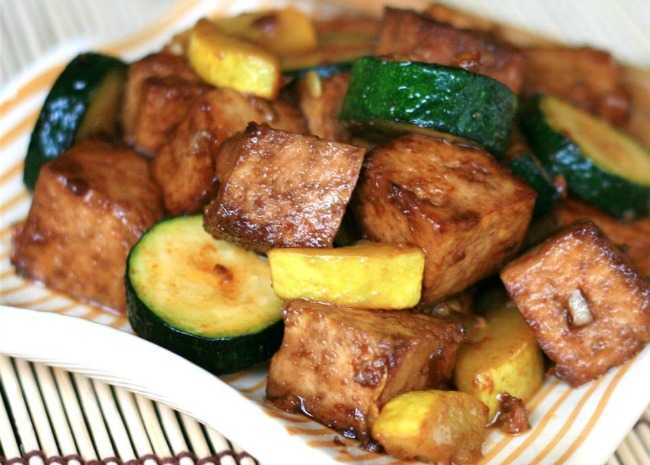 Yellow Squash and Tofu Stir Fry