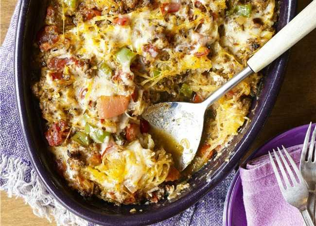Baked Spaghetti Squash with Beef and Veggies