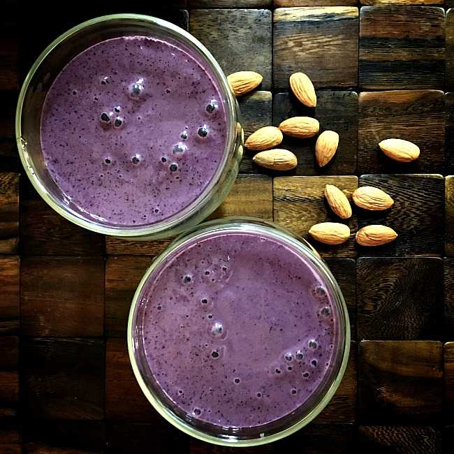 Almond Berry Smoothie