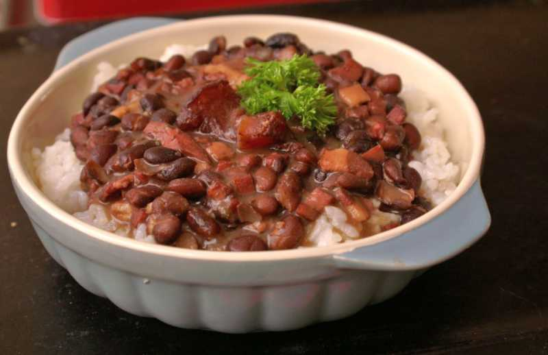 Feijoada-Brazilian-Black-Bean-Stew