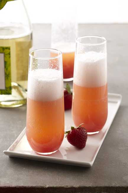 465-x-650-102098840-strawberrt-mimosa-by-meredith
