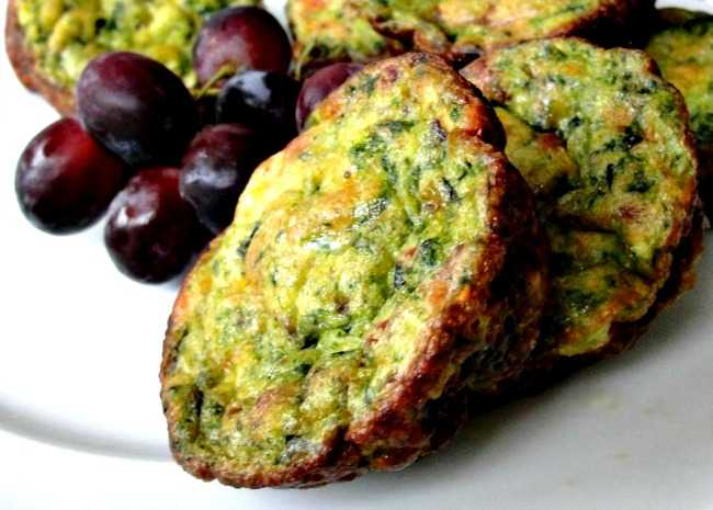 650 x 465 2161859_original spinach egg muffins photo by rocklobster