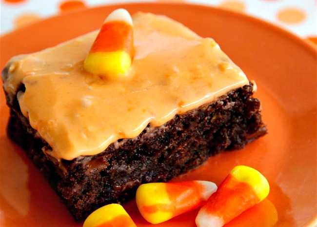 650 x 465 candy corn frosting