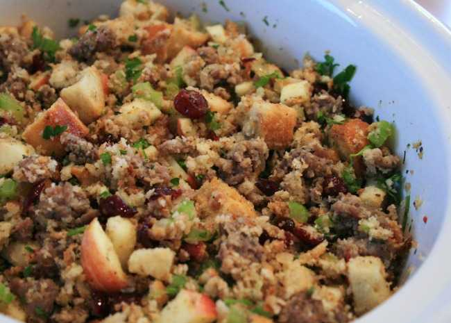 Awesome Sausage Apple And Cranberry Stuffing
