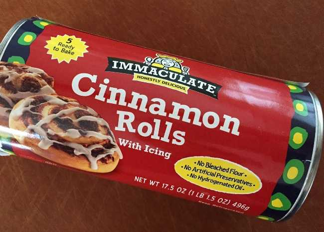 immaculate-cinnamon-rolls-package-photo-by-vanessa-greaves-650x465
