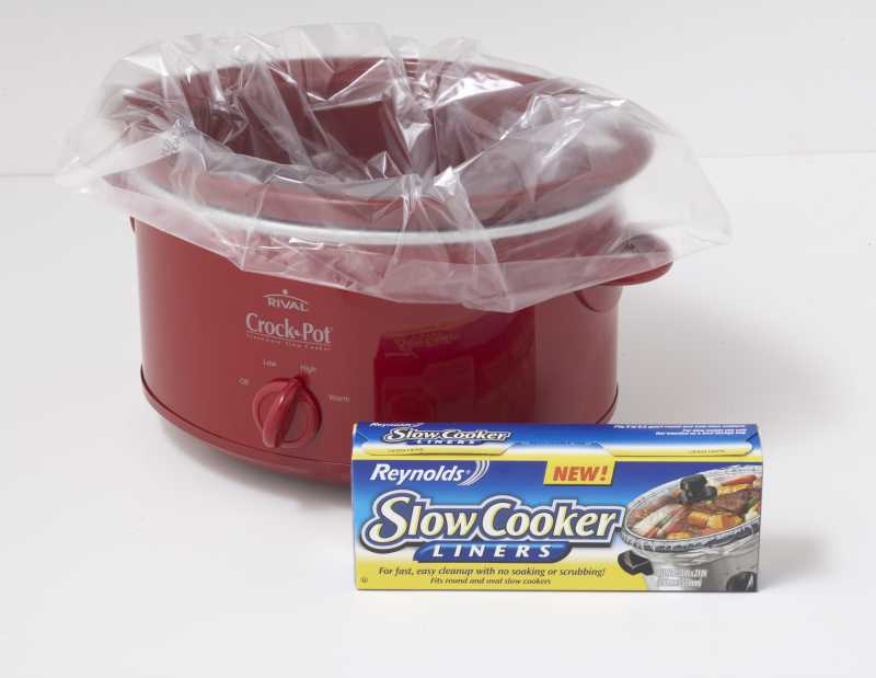 Lined Red Slow Cooker