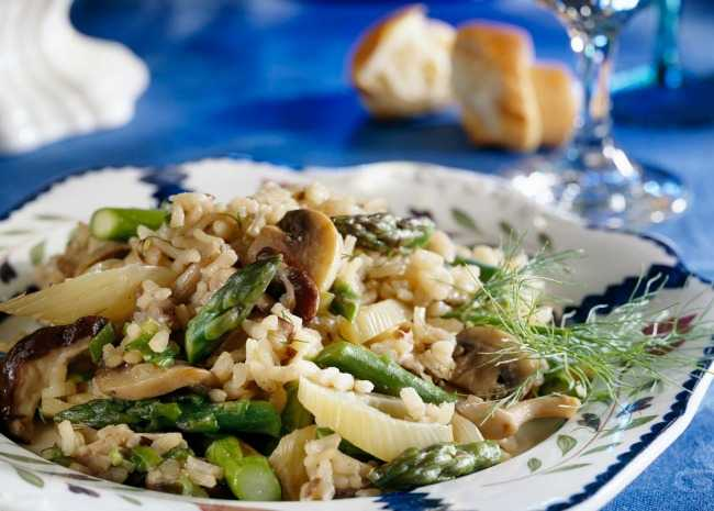 Mushroom risotto with white wine