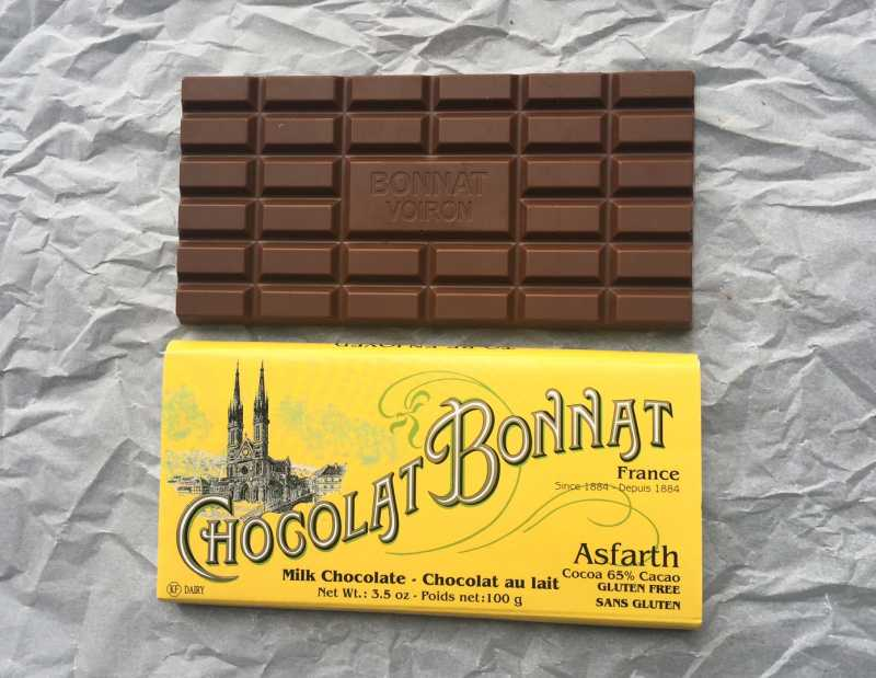 chocolate No. 4 Bonnat milk