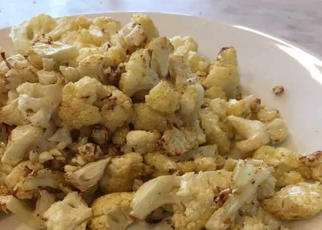 edited cauliflower popcorn photo by Leslie Kelly