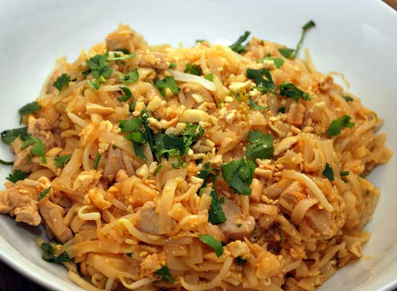 606975_A-Pad-Thai-Worth-Making_Photo-by-Delly.jpg