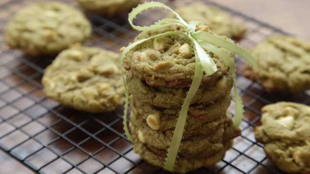 1944294-Matcha-Green-Tea-Chocolate-Chip-Cookies-234674-The-Gruntled-Gourmand-640x359.jpg