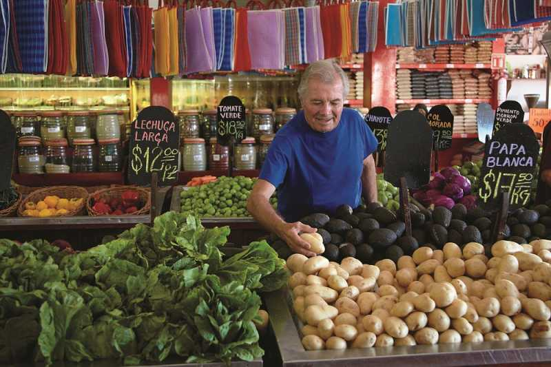 jacques pepin at the market