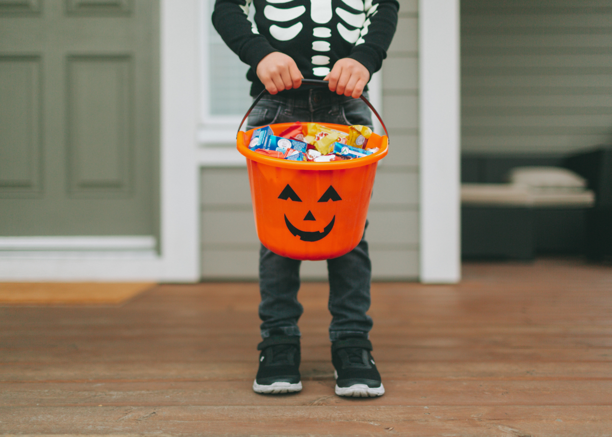 Halloween Candies That Are Safe for Kids with Food Allergies