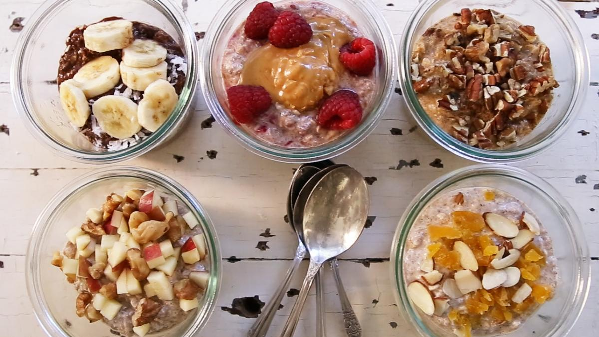 6 Ways to Make Easy Overnight Oats