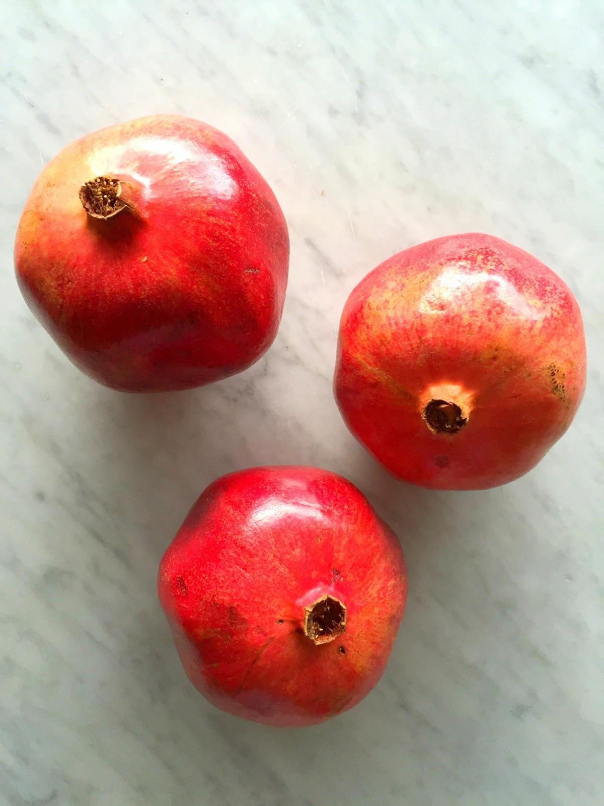 How To Pick Kitchen Paint Colors: How To Pick A Ripe Pomegranate